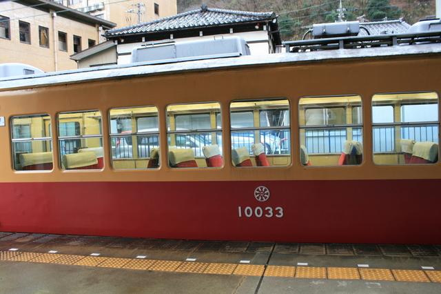 IMG_0614「特急うなづき号」(ダブルデッカーエキスプレス)自由席車両の外観.JPG