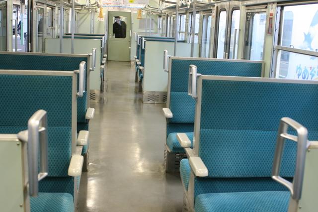 IMG_32JR信越本線の普通列車(115系)の座席41.JPG