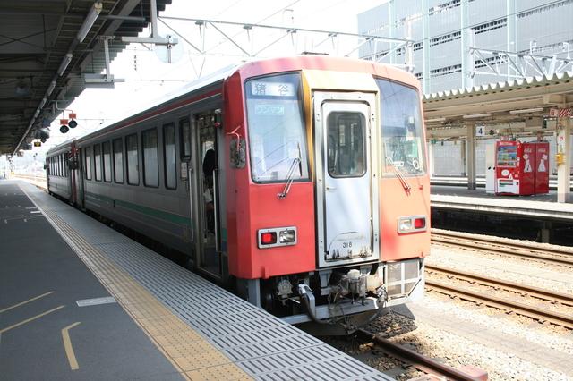 IMG_5463高山本線普通列車JR東海.JPG