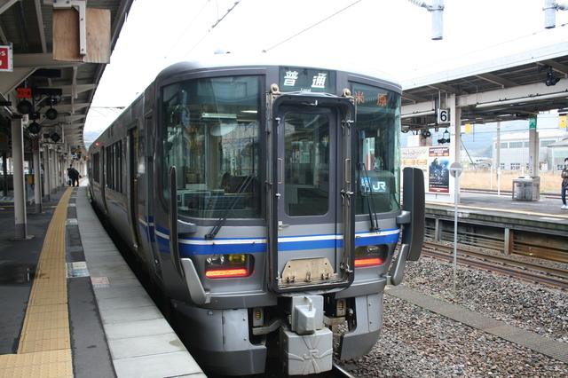 IMG_6280JR北陸本線 電車.JPG