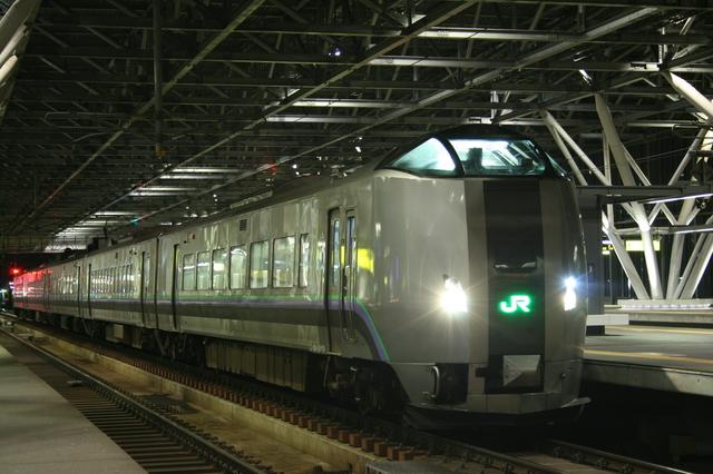 IMG_6JR北海道 スーパーカムイ881.JPG