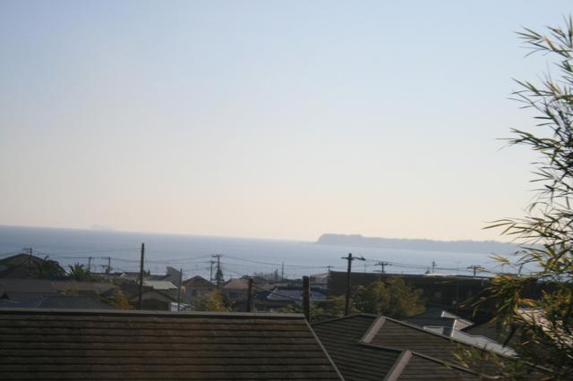 IMG_8287三浦半島を走り左車窓には太平洋が見える.JPG