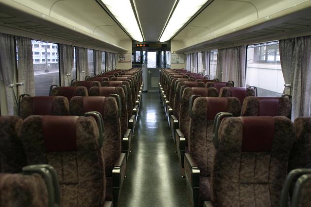IMG_872座席 JR特急ワイドビューふじかわ2.JPG