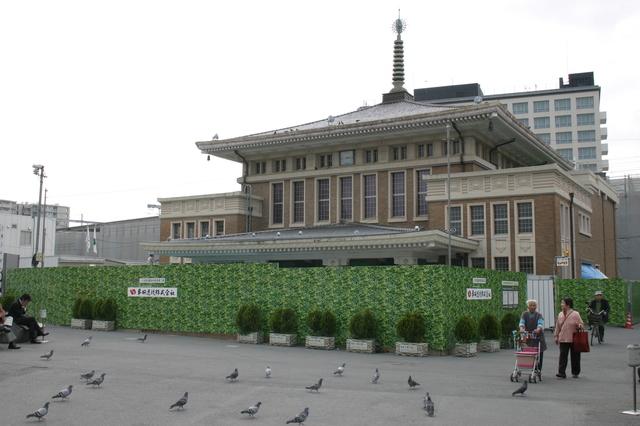 5 0和洋折衷の構造が特徴の、現JR奈良駅の北東18m地点にある旧奈良駅舎01.jpg