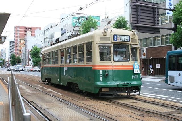 IMG_079広島市内を走る広島電鉄の路面電車。廃止となった京都市電から1978年に購入された車両7.JPG