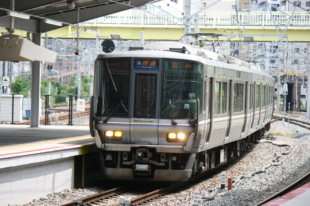 IMG_1168JR西日本の新快速列車.JPG