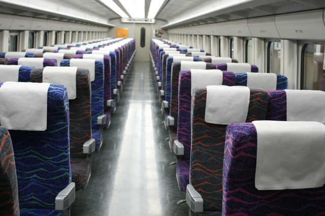 IMG_24北陸新幹線(旧長野新幹線)あさま号(E2系)の座席39.JPG