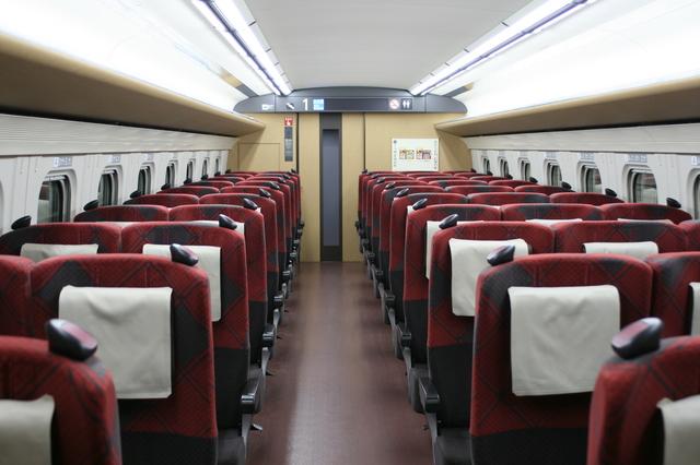 IMG_2477北陸新幹線 普通車座席.JPG