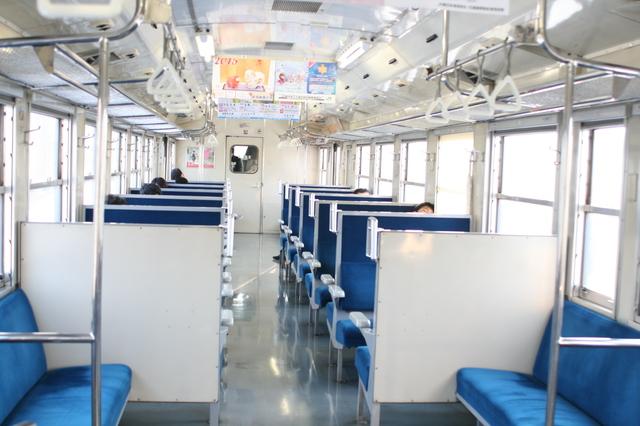 IMG_357JR羽越本線普通列車(気動車)の座席0.JPG