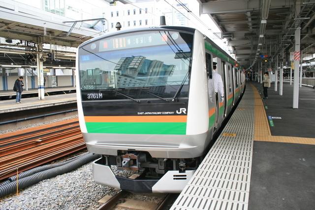 IMG_4052JR東海道線を走る快速アクティー.JPG