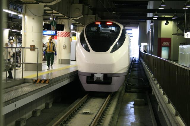 IMG_407上野東京ラインの開業以降、列車名は「特急ひたち号」「特急ときわ号」に変更へ6.JPG