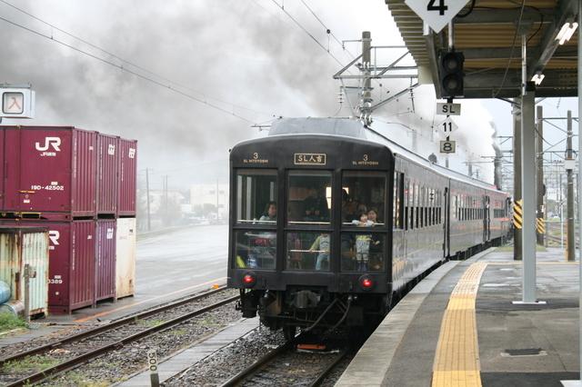 IMG_4394「SL人吉」客車の先頭部分に設けられた展望ラウンジ.JPG