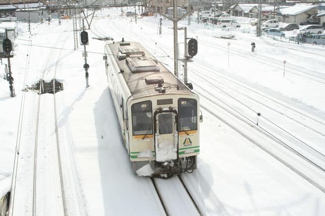 IMG_486会津若松駅を起点にする会津鉄道の列車2.JPG