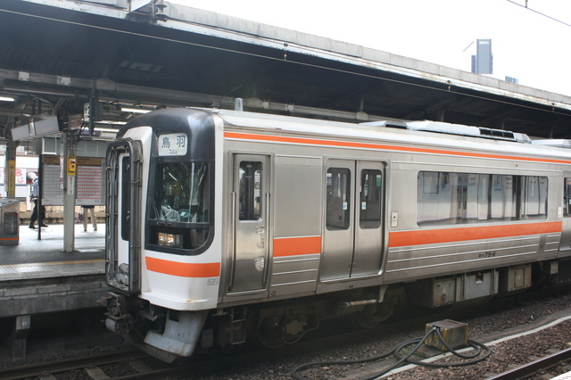 IMG_5615普通車指定席が設けられているJR東海の「快速みえ」.JPG