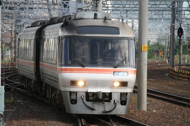 IMG_5705JR東海の特急ワイドビュー南紀.JPG