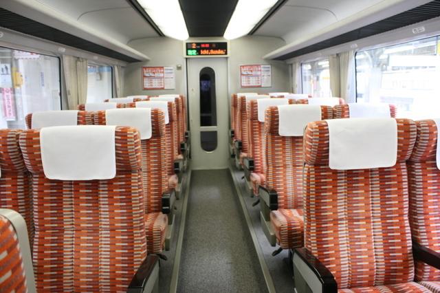 IMG_5738JR東海の特急ワイドビュー南紀 普通車座席(指定席、自由席).JPG
