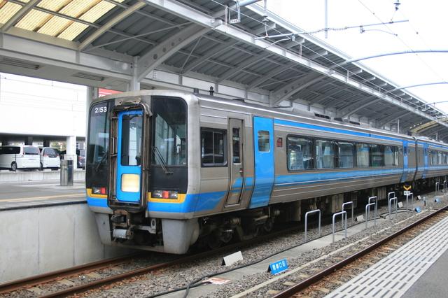 IMG_707JR四国の特急しまんと号(高松駅〜高知駅9.JPG