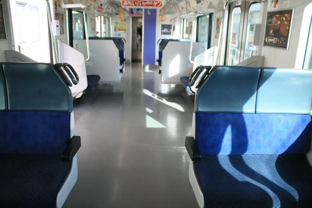 IMG_JR快速ラビットの普通車車両の座席