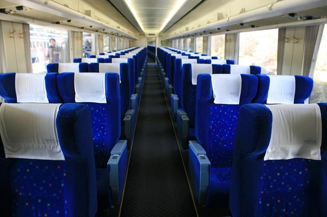 IMG_特急けごん号(スペーシア100系車両)一般車の座席