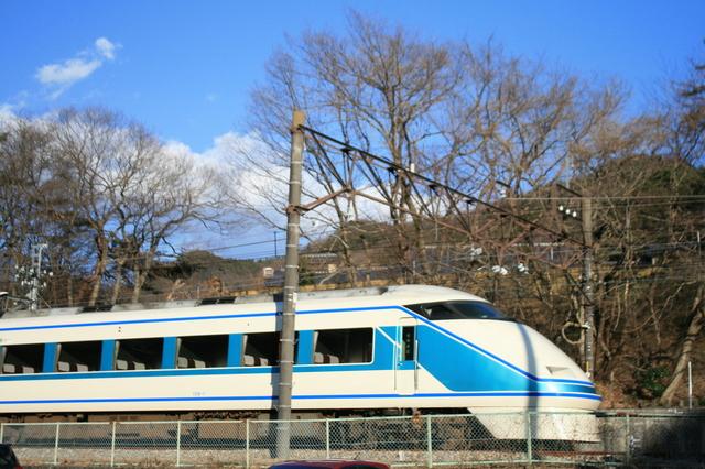 IMG_東武鉄道の特急きぬ号(スペーシア100系車両)