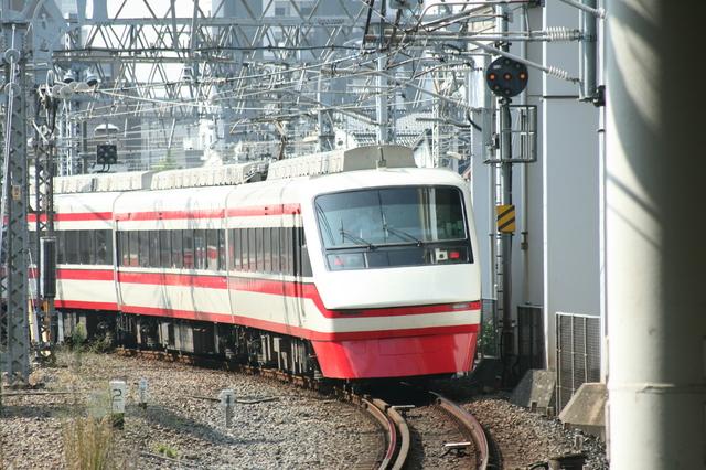 IMG_8160東武鉄道 特急りょうもう.JPG