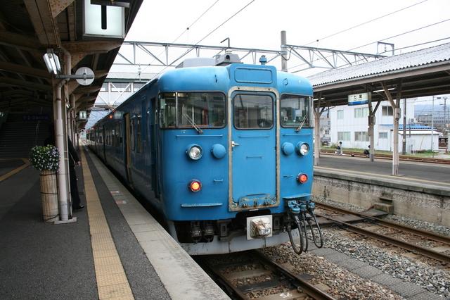 IMG_8201七尾線 電車.JPG