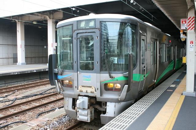 IMG_9415あいの風富山鉄道の普通列車.JPG