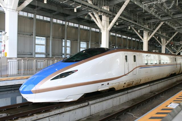 IMG_9538北陸新幹線  京田辺 松井山手 延伸 金沢~新大阪.JPG